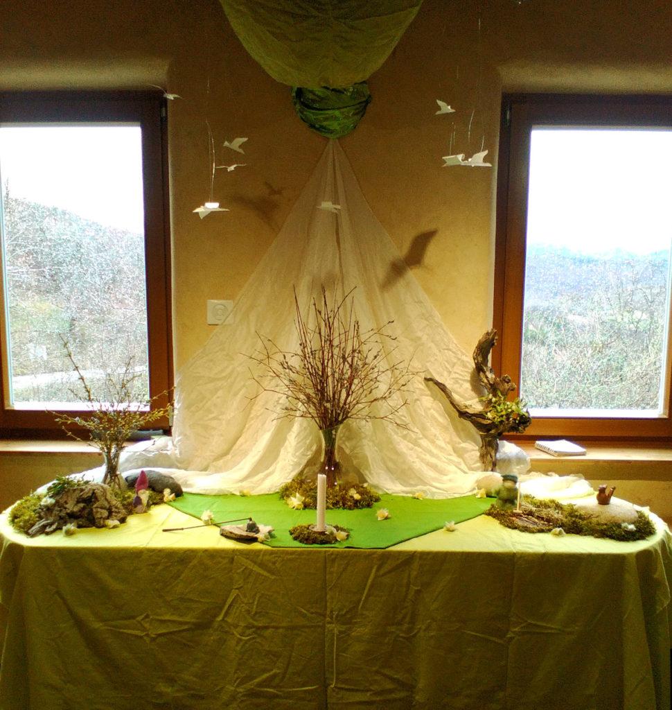 Micro-crèche - Table des saisons Printemps